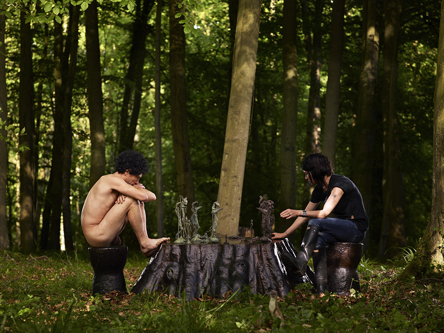 Tim Noble & Sue Webster playing chess in the forest, portrait by Norbert Schoerner
