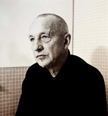 Portrait of Georg Baselitz by photographer Norbert Schoerner